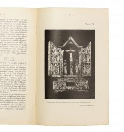 Le triptyque gothique signé...